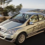 Mercedes-Benz Unveils F-Cell Fuel Cell Vehicle