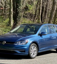 Review and Test Drive:  2020 Volkswagen Golf
