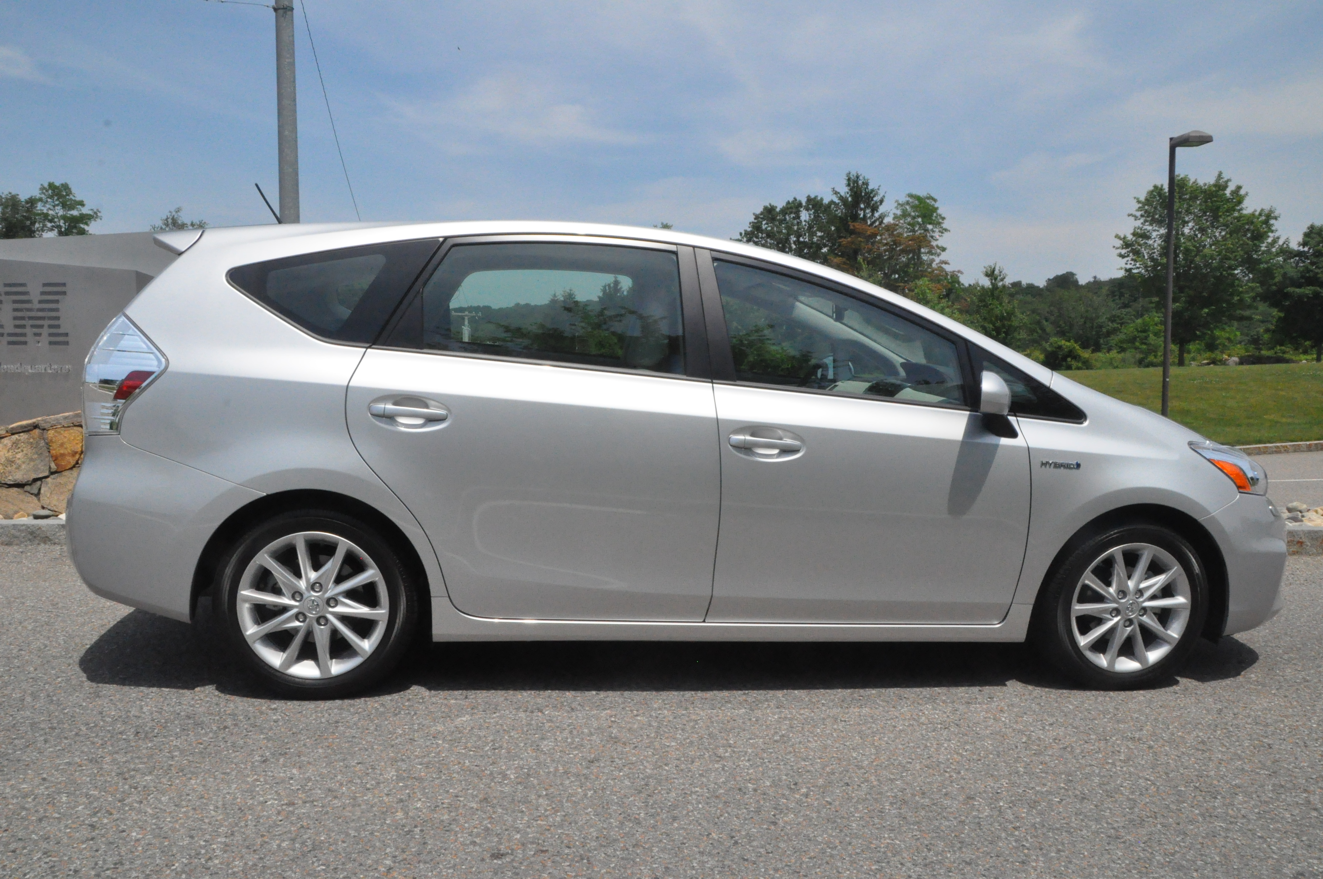 2012 toyota prius v first look review and test drive. Black Bedroom Furniture Sets. Home Design Ideas
