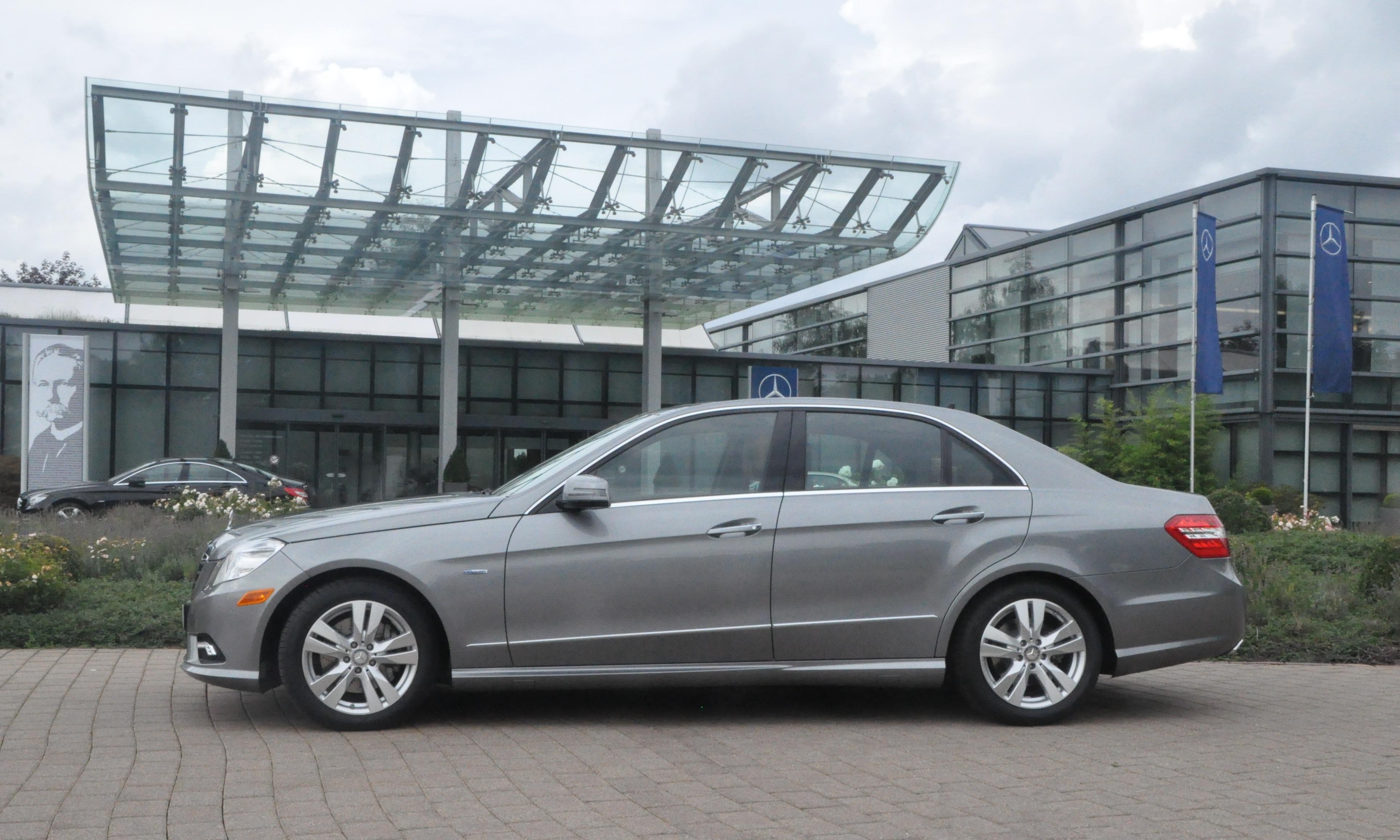 Mercedes benz european delivery the mercedes benz e350 for Mercedes benz program