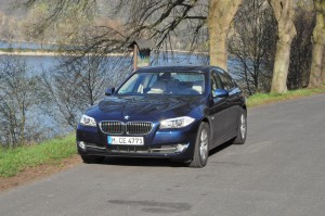 BMW 520d along the Rhein