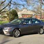 Review and Test Drive:  2017 Toyota Camry Hybrid SE